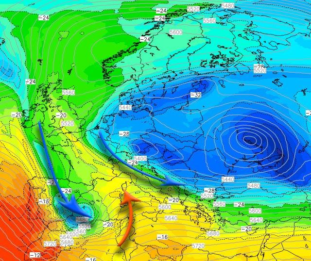 """L'interazione con l'ingresso della massa d'aria di origine atlantica ed il vasto lago """"freddo"""" proveniente da est"""