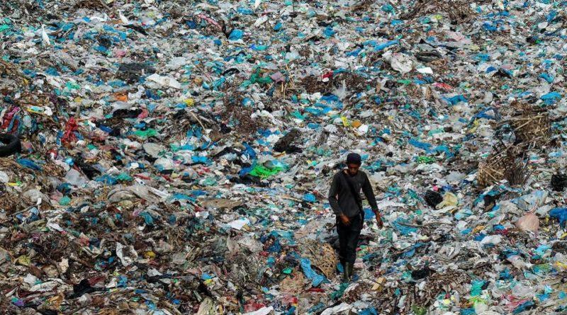 Ambiente, l'UE vieta la plastica usa e getta entro il 2021