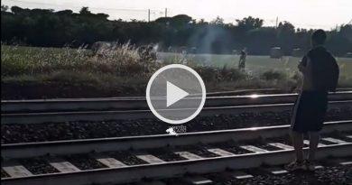 PIROMANI ripresi in flagranza di reato nel Parco degli Acquedotti a ROMA [VIDEO]