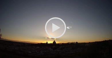 NUBE LENTICOLARE sui cieli di ROMA durante l'alba [VIDEO e FOTO]
